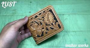 二つ折り財布(北米産ヌメ革・カービング)