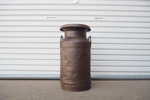 品番S-012 1940年代 ミルク缶