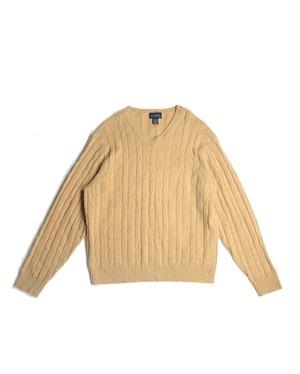 v-neck lambs wool knit