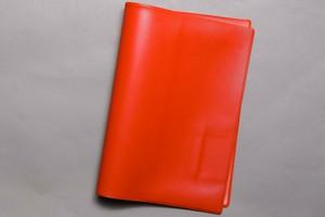 鮮やかな赤色のカバー