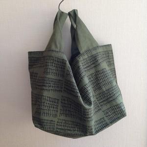 四角い底のバッグ-green