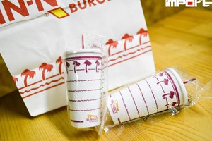 IN-N-OUT BURGER Antenna Topper