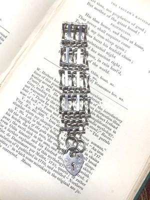 【Run Rabbit Run Vintage 】padlock bracelet 1