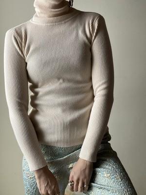 Simple Design Rib High Neck Knit