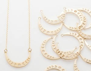 Wanderlust Factory Moon Phases necklace