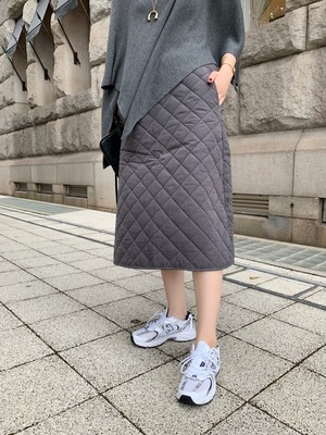 quilting flare skirt / grey (即納)