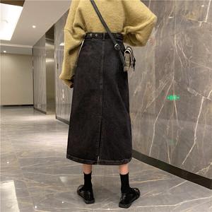 レトロかわいいミドル丈デニムスカート