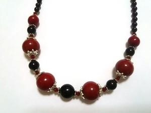 赤黒ネックレス