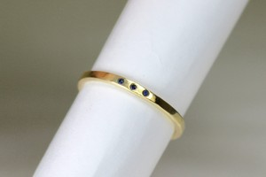 Tres sapphire ring / K18 Yellow gold . Sapphire