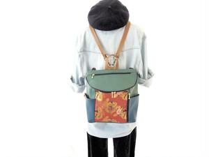 【衣絵】超軽量約350gの金襴(きんらん)3WAYリュック 唐草丸竜赤 緑