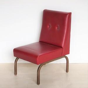 赤いビニールレザーの椅子(準備中)