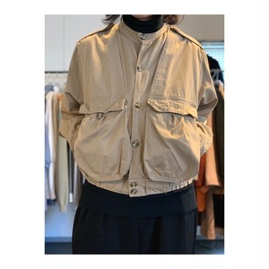 No-collar cotton blouson