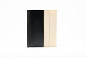 アモルフ 閉じる ブックカバー 手帳カバー A6(文庫)サイズ クラリーノ 黒 ✕ 倉敷帆布 キナリ