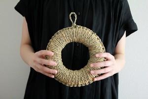 わらの鍋敷き・丸輪(M)|手しごとのある暮らし maru