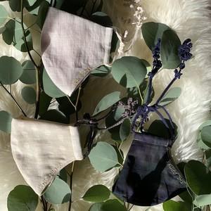 【個数限定】Botanical マスク&石鹸ギフト Snow Branch(外側白ドット・内側グリーン・紐チャコールグレー)