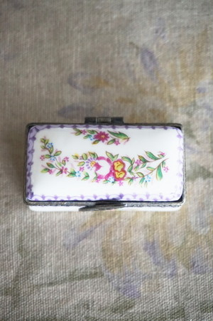 PORCELAIN ART BOX (No.1)