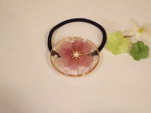 お花のレジンヘアゴム2