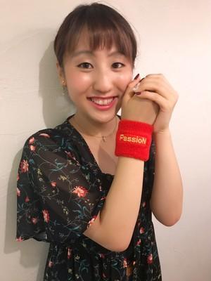 中野萌衣「PassioNリストバンド」カラー:赤