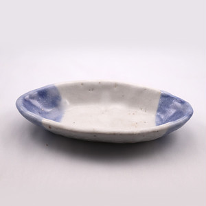 青志野 楕円皿 小  Blue Shino Elliptical Dish SMALL