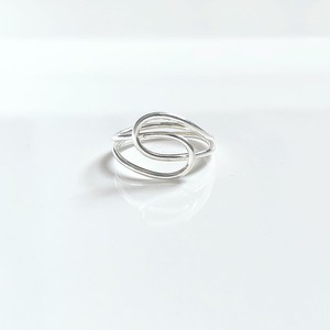 Knot ring / silver line