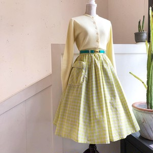 vintage light green check skirt with big pocket