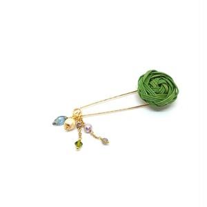 花結びボタンのピンブローチ(キラキラ)