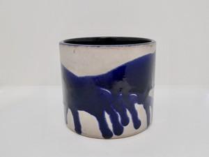 ブルーの鉢カバー
