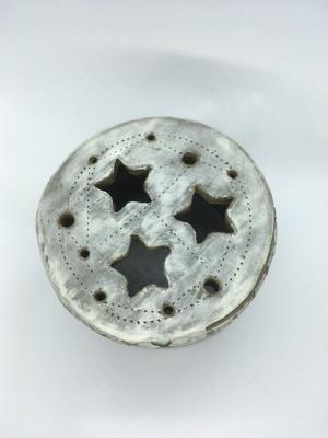 イオレイズカバー 丸型 (ハンドメイド陶器) AJ001