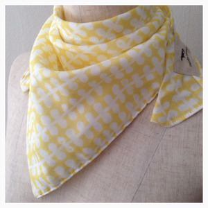 stole【light yellow/leaves】