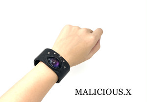 reptiles eye bangle / violet