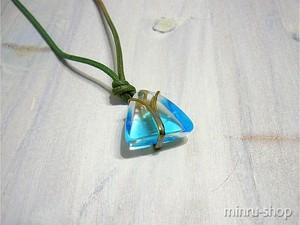 琉球ガラス ネックレス  キュートな空 スカイブルー/真鍮 琉球ガラスアクセサリー|みんるー商店