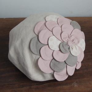 お花ベレー/生成りにピンク系のお花 NO.954