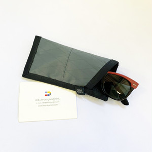 FREDRIK PACKERS / X-PAC GLASS CASE