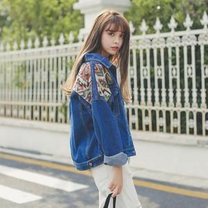 ネイティブ柄 刺繍 デニムジャケット ストリート系女子 大人可愛い 古着コーデ