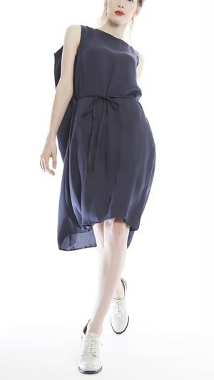 ayumi.mitsukane Asymmetry Drape Dress