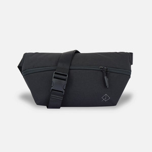 WEXLEY SLING BAG BLACK