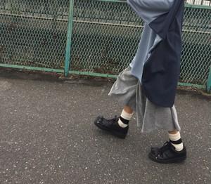 sou-mu 雨降る空のドルマンカットソー  blue