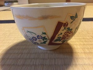 Casual Tea bowl (Japanese flowers)