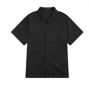 送料無料メンズ気回しアイテムシンプル黒半袖シャツトップス