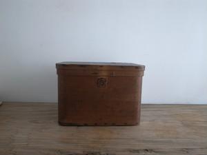 帽子の箱 / フランス