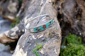 emerald green bangle