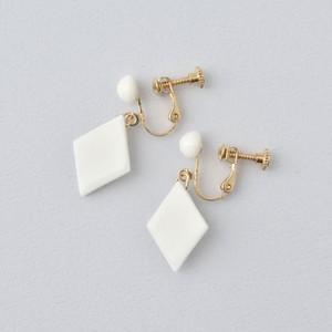 HatoKumo / 白磁のつぶ+ダイヤ・イヤリング