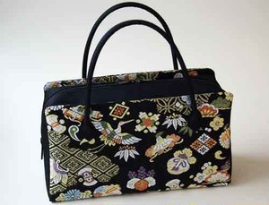 Japanese hand bag made of silk (quilt of Nishijin textile in Kyoto)2