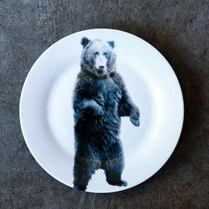 動物たちの飾るお皿  「立ちクマ」