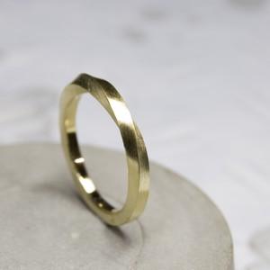 真鍮ワンポイント1/2ツイストリング 2.0mm幅 つや消し 3号~27号|WKS ONEPOINT 1/2 TWIST RING 2.0 bs matte|FA-345