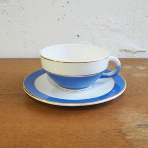 青と白のカップ&ソーサー