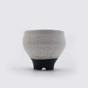 UROKO - 白壷