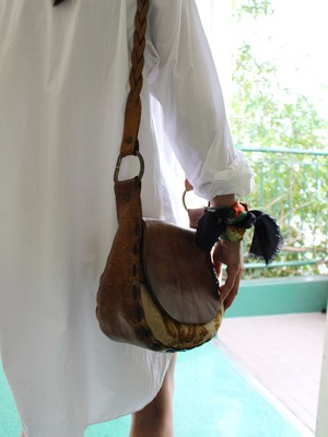 70s leather shoulder bag
