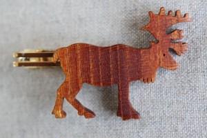 木製トナカイネクタイピン