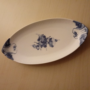 ロイヤルコペンハーゲン ROYAL COPENHAGEN ブルーフラワー Blue Flower Curved 長皿 プレート
